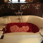  Lovely tub